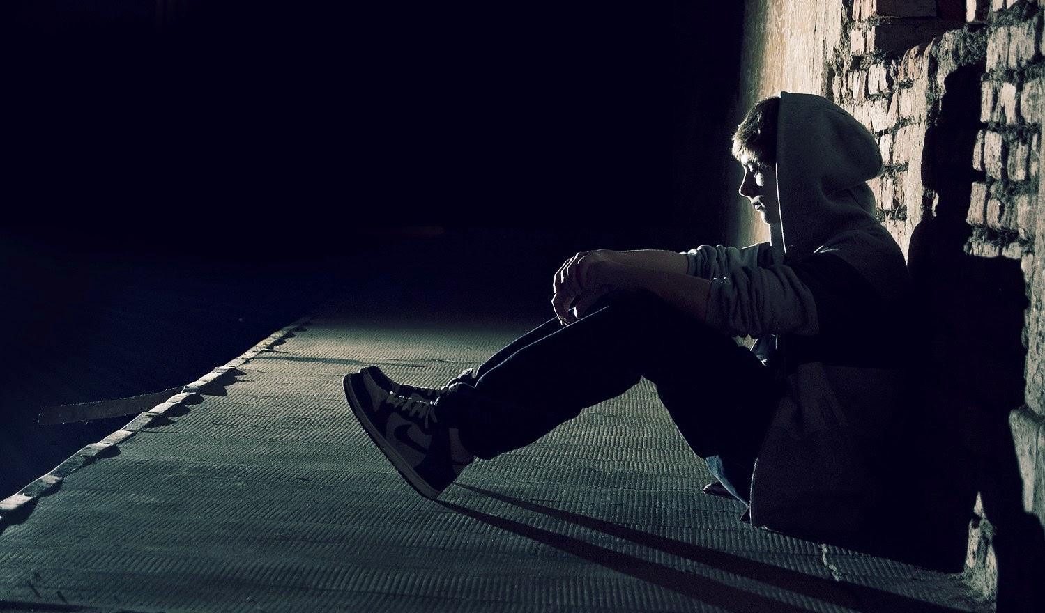 Sad Alone Boy Wallpaper 1 786406 Revista Mira