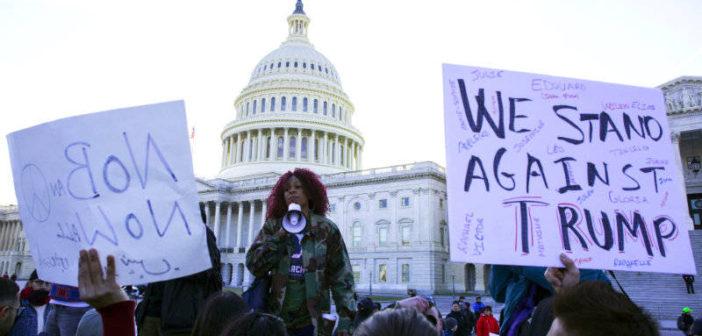 ¡Stand up!: el despertar de la sociedad civil en la era Trump