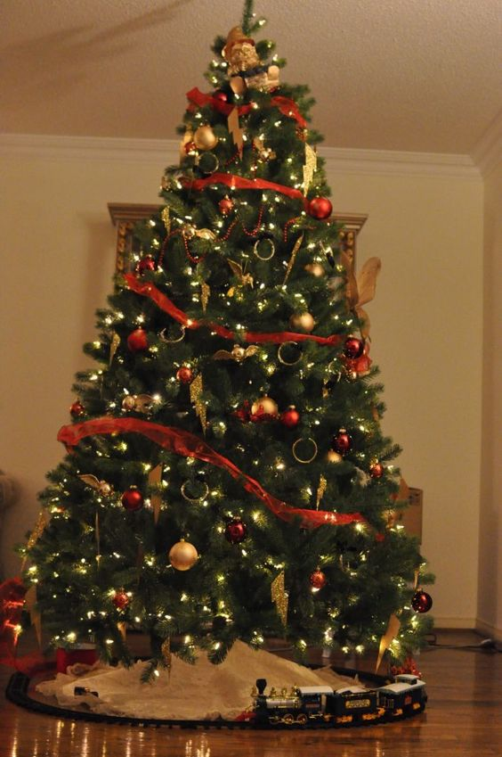 Cu ndo poner el rbol de navidad revista mira for Cuando se pone el arbol de navidad
